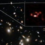 Астрономы обнаружили большое количество пыли в далёкой, молодой галактике