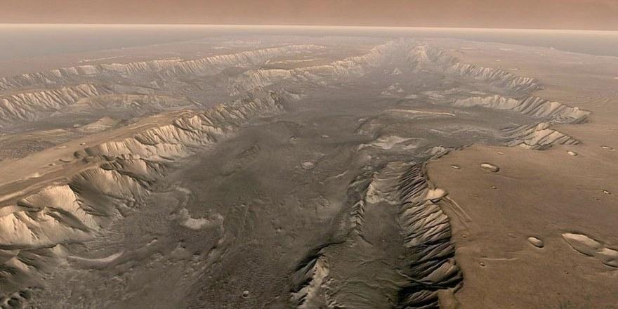 Огромные пыльные бури раскрывают погодные тайны Красной планеты