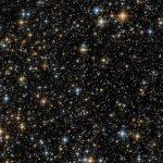 Хаббл запечатлел звёздную россыпь в Стрельце