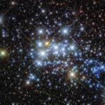 Хаббл передал снимки сверхскопления Westerlund 1
