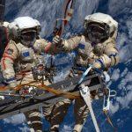«Роскосмос»: зачем нам люди на орбите?