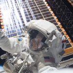 Хьюстон, у нас проблемы: У NASA заканчиваются скафандры