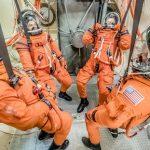 NASA испытало новый скафандр для полетов на Луну, Марс и к астероидам.