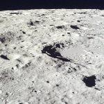 На Луне полно воды. Осталось ее добыть, говорят ученые